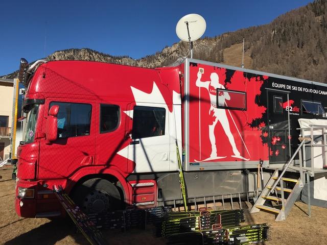 Canadian wax truck [P] Jeff Ellis