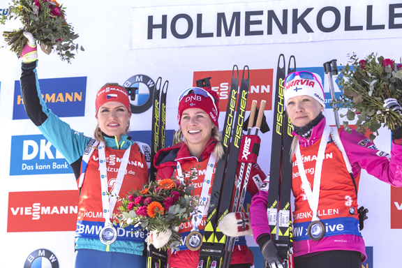 Women's 12.5km Mass Start podium (l-r) Koukalova 2nd, Eckhoff 1st, Makarainen 3rd [P] Nordic Focus