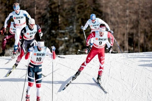 Harvey and Sundby (l) in chase group [P] Nordic Focus